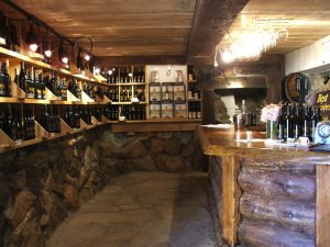 Nello Olivo Placerville tasting room inside